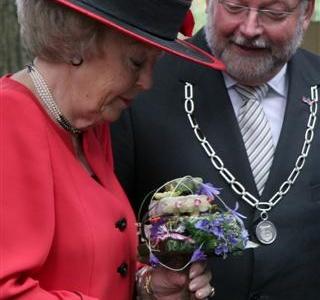 Koningin Beatrix  bezoekt Beemster